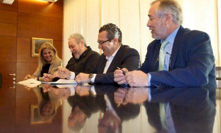 El Ayuntamiento renueva su apuesta por el Club Balonmano Benidorm