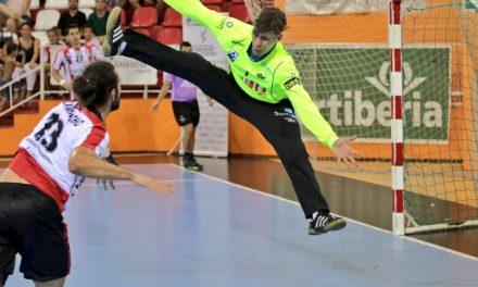 El BM Benidorm disputa su primer partido amistoso frente a Puerto Sagunto