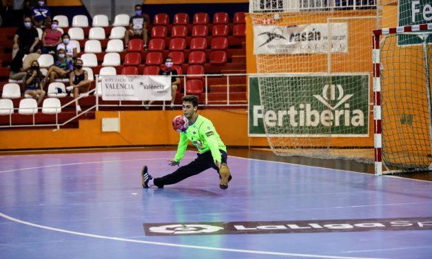 El BM Benidorm suma su primer punto de la temporada