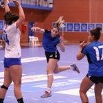 El equipo de Plata Femenino disputa un serio partido ante un buen rival